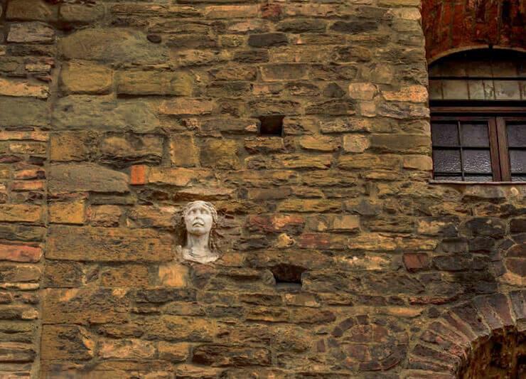 testa di pietra firenze santa maria maggiore